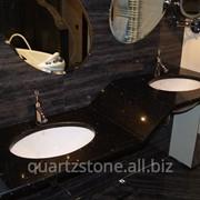 Столешница в ванную из кварца Technistone Starlight Black фото