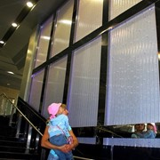 Пузырьковые колонны, колоннады фото