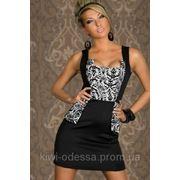 Платье открытые плечи грудь узор фото