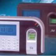 Системы контроля доступа по отпечаткам пальцев. фото