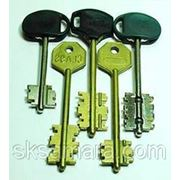 Изготовление ключей для сувальдных замков фото