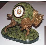 Часы сувенирные из бронзы и натурального камня фото