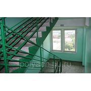 Уборка лестничных площадок и лестниц фото