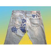 Вышивка на джинсах фото