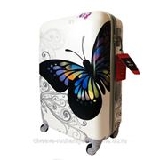 Чемодан с бабочкой фото