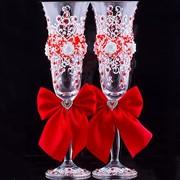 Свадебные бокалы красные с лепкой (2 шт.) фото
