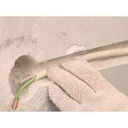Прокладка провода в готовых каналах стен и перекрытий фото