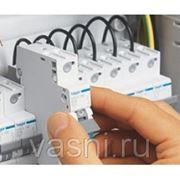 Монтаж автоматического выключателя, на ток, А, до: 100 фото