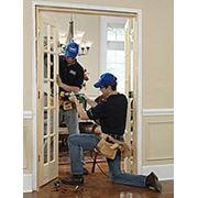 Установка межкомнатных и входных дверей профессионально фото