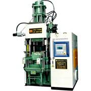Инжекционно- литьевые машины для резины и силикона (вертикальные и горизонтальные) фото