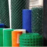 Сетки пластиковые, декоративные и для защиты растений. фото