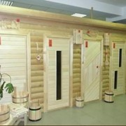 Деревянные двери из липы фото