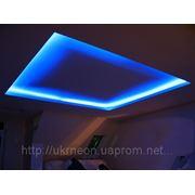 Неоновая подсветка потолков фото