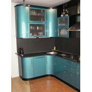 Кухонный гарнитур с радиусными фасадами фото