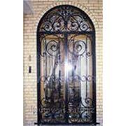 Кованные решетки на двери и окна на заказ фото