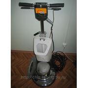 Роторная машинка для чистки всех напольных покрытияй фото