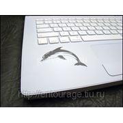 Лазерная гравировка ноутбука фото