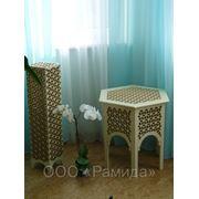 Столик с лампой фото