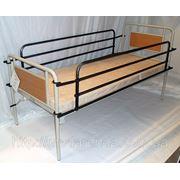 Аренда функциональной кровати OSD с подъемом головы, откидными поручнями и медицинским матрасом. фото