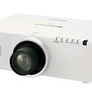 Проектор Panasonic PT-EZ570EL фото