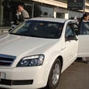 Доставка пассажиров или багажа в аэропорт в Алматы фото