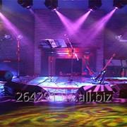 Музыкальное оборудование, микрофоны, звук, свет, эффекты. фото