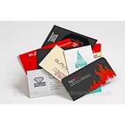 Изготовление визиток,Цветная бумага или цветная печать фото