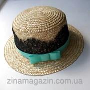Шляпка канотье с гипюром и мятным бантиком фото