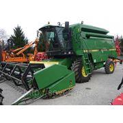 Зерноуборочный комбайн John Deere 2054 фото