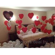Украшение комнаты для молодожен гелиевыми шарами фото