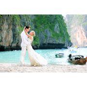 Свадебная церемония в Европейском стиле в Тайланде на острове фото