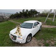 Флористика на свадебное авто фото