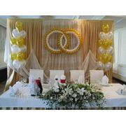 Свадебные кольца из воздушных шаров в Киеве.