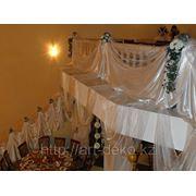 """Оформление балкона """"Ткань+цветы"""" фото"""