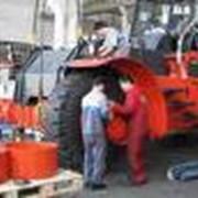 Капитальный ремонт портовой техники. Сервисное обслуживание. фото