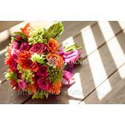 Цветочное оформление и букеты, украшение цветами, композиции из цветов в европейской аранжировке фото