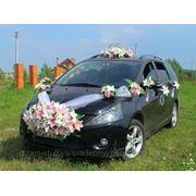 Свадебные украшения на машину фото