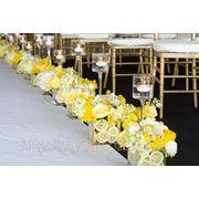 Композиция на стол гостей лимонная фото