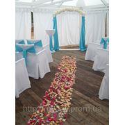 Свадебная арка в бело - бирюзовом стиле фото