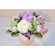 Украшение цветами свадебного зала, цветочные композиции на столы, украшение живыми цветами фото