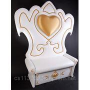 Свадебное оформление.трон для молодоженов фото