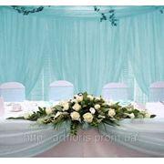 Оформление свадебного стола, украшение зала цветами и тканями, оформление свадеб шарами фото