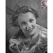 Портрет девушки с фотографии, портрет по фотографии в технике сухая кисть фото