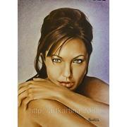Портрет+видео Анджелины Джоли.Техника рисования сухой кистью фото