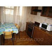 Двухкомнатная квартира посуточно на ул. Антоновича (Горького) 102 фото