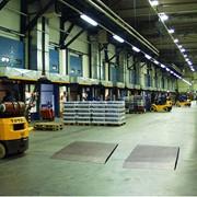 Обслуживание специализированного складского оборудования. фото