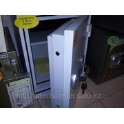 Сейф FRS-49 KL фото