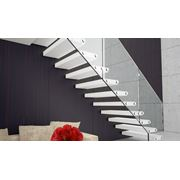 Лестницы всех типов. Изготовление и монтаж. Ремонт и реставрация лестниц и лестничных ограждений. фото