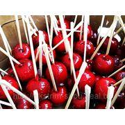 Яблоки в карамели фото