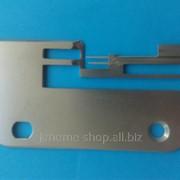 Игольная пластина для бытового оверлога Janome 204D фото